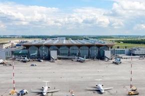 Самолет Париж-Токио экстренно сел в Пулково из-за болезни бортпроводника