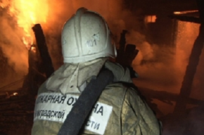 Женщину спасли из квартирного пожара на Ржевке