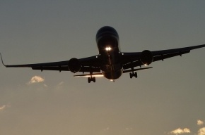 Самолет корейской Asiana Airlines 7 часов кружил над Лос-Анджелесом из-за ЧП