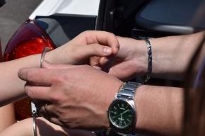 Полицейский в Москве получил 3 млн рублей взятки и ушел на пенсию