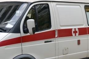 Мигрант выпал из окна в Купчино