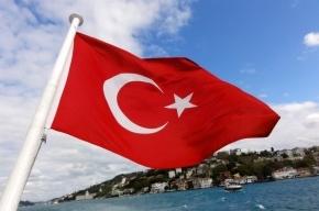 Россиянам посоветовали не пить в Турции алкоголь