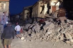 Власти разрушенного землетрясением города в Италии подали в суд на Charlie Hebdo
