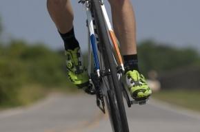 Велосипедист умер у храма целителя Пантелеимона на проспекте Луначарского