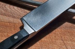 Пьяный петербуржец напал с ножом на пассажира электрички