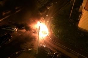 Suzuki сгорел до тла на Кондратьевском