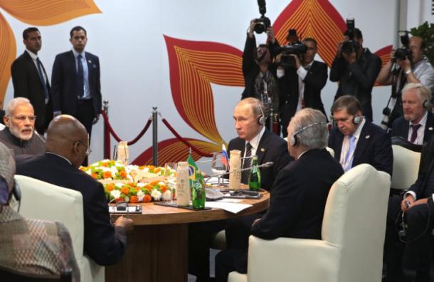 Путин об отмене контрсанкций: «Фиг им»