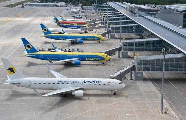 Украинские аэропорты обязали отказаться от русского языка