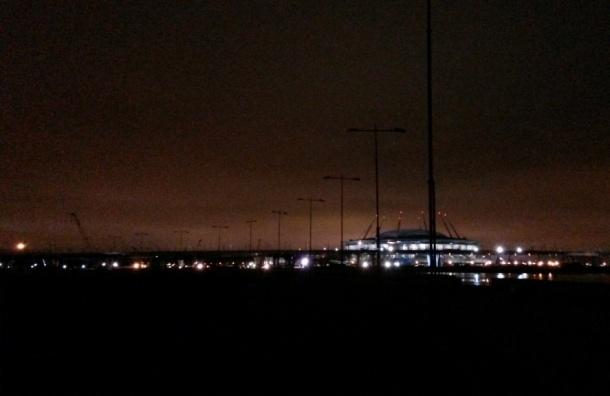 Большая часть парка 300-летия не освещена