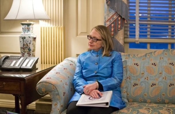 Хиллари Клинтон обвиняют в краже мебели