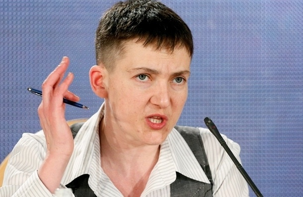 Надежда Савченко считает Порошенко слабым президентом
