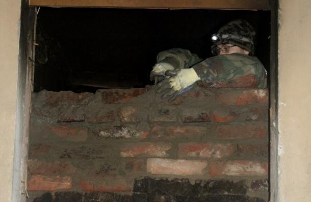 Градозащитники замуровали Дом Крутикова