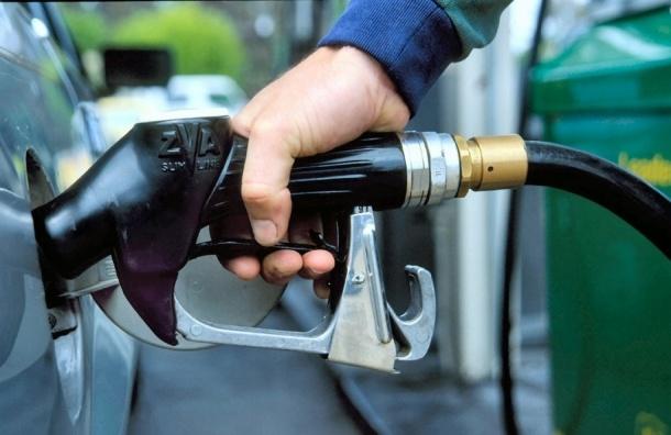 Смольный: «Кому-то нравится запах лилий, кому-то – запах бензина»