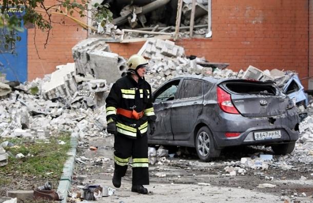Спасатели нашли еще четыре трупа под завалами дома в Рязани