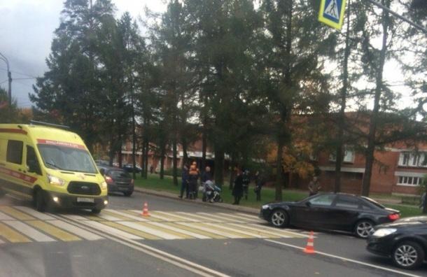 Напроспекте Тореза мотоциклист сбил женщину с11-месячным ребёнком