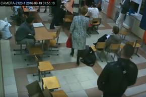 Бюллетени не подсчитывали на одном из участков, где единоросс обошел Дмитриеву