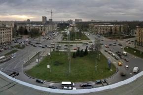 Пятимесячного ребенка оставили на трамвайных путях в Петербурге