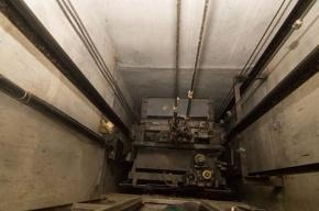 Тело молодого мужчины нашли в шахте лифта «Лужников»