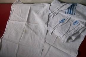 Петербургская кладовщица украла 30 комплектов постельного белья для поездов