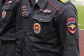 Лысый мужчина с голубыми глазами ограбил ювелирный магазин на Невском