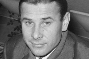 Бюст вратарю Льву Яшину установили в Москве с ошибкой в дате смерти