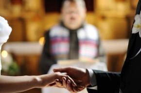 Впервые в России брак официально зарегистрировали в церкви