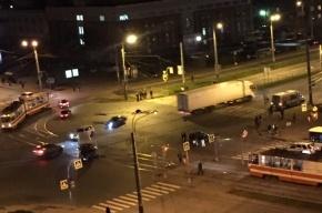 Водитель получил травмы в ДТП с маршруткой на проспекте Косыгина