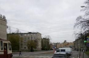 Улицу Бабушкина перекрыли из-за подозрительного предмета
