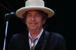 Высокомерное поведение Боба Дилана оскорбило Шведскую академию