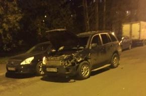 Citroen на улице Бурцева остановил компанию девушек на Chery Tiggo