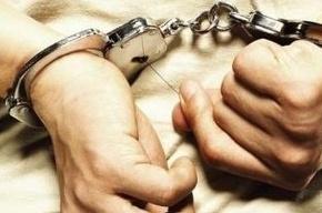 Насильник без пальца напал на женщину в лифте на Героев