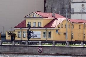 «Живой город» требует не лишать охраны деревянный особняк на Петроградской набережной