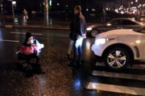Иномарка сбила маленькую девочку на Богатырском проспекте