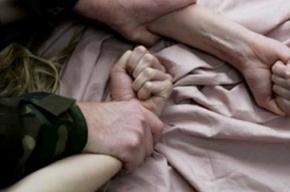 Жителя Новосибирска осудят за изнасилование падчерицы и двух родственников