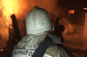 Склад стройматериалов горел в Красногвардейском районе