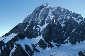 Спортсмен из Екатеринбурга разбился в Альпах во время прыжка с костюмом-крылом