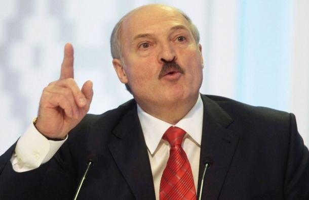 Лукашенко объяснил распад СССР отсутствием в стране стирального порошка