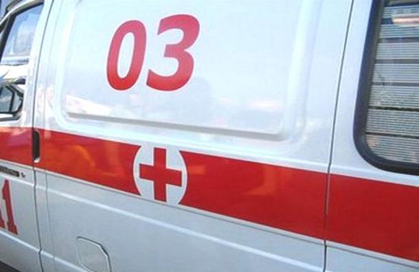 Упавшая из окна дома на Стойкости скончалась в больнице