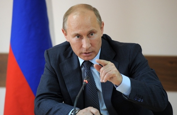 Путин поручил выплатить по 5 тыс. рублей всем категориям пенсионеров