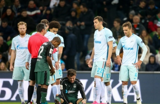 Защитника «Зенита» дисквалифицировали на три игры из-за удара локтем