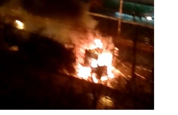 Фура сгорела на Шлиссельбургском