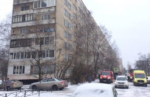 Очевидцы: мужчина обгорел в пожаре на проспекте Солидарности