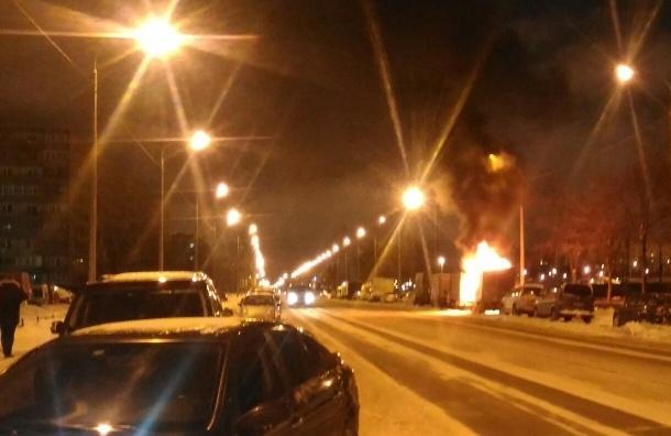«Газель» горела во Фрунзенском районе
