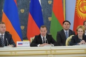 Медведев предложил переименовать кофе американо в «руссиано»