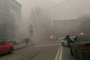 Эвакуатор с машиной на борту загорелся на Васильевском острове