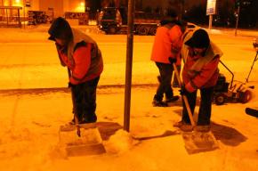 Количество снега, выпавшего в Петербурге за 4 дня, составило две трети от объема прошлого сезона