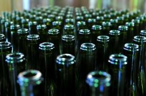 Тысячи литров контрафактного алкоголя изъяли в Купчино