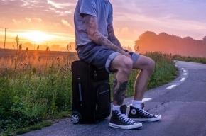 Турист украл чемодан у туриста из-за любви к Петербургу
