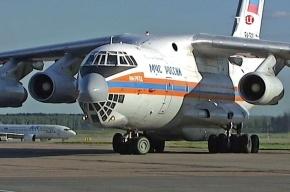 Спецборт МЧС доставил из Ростова в Петербург на лечение детей
