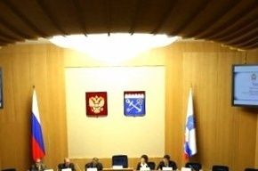 Пятая часть депутатов Ленобласти опоздала на заседание из-за снега